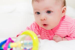Играем с ребенком от 4 до 6 месяцев 2